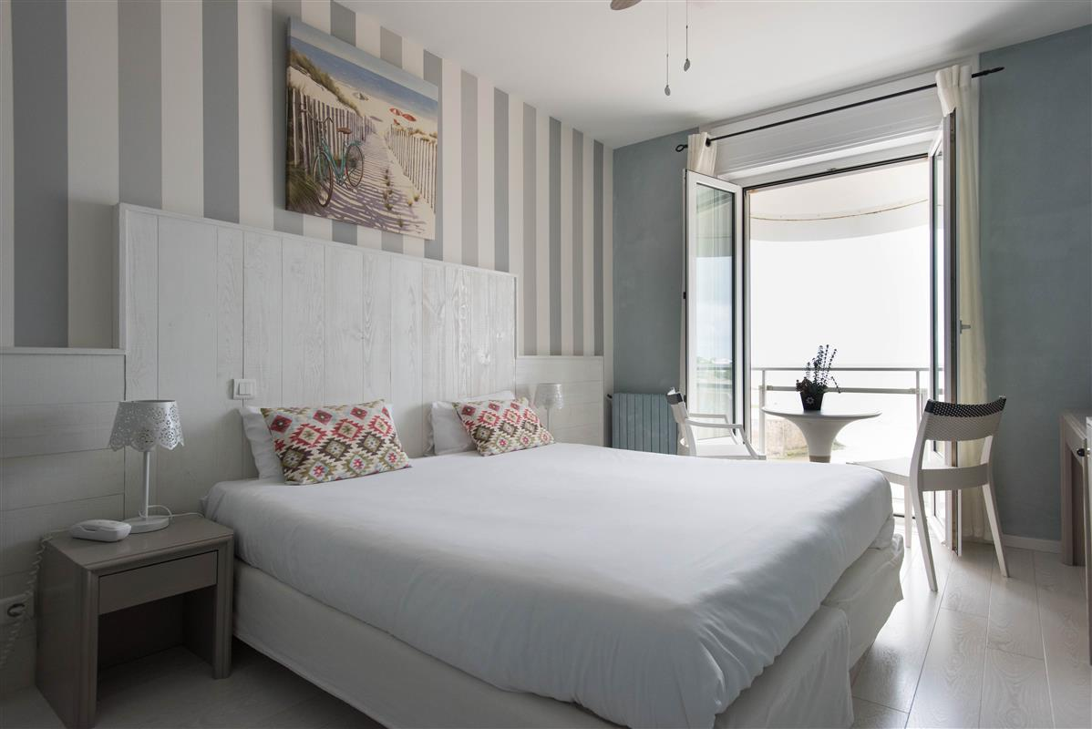 Chambre sup rieure face mer h tel 3 toiles royan for Chambres hote royan
